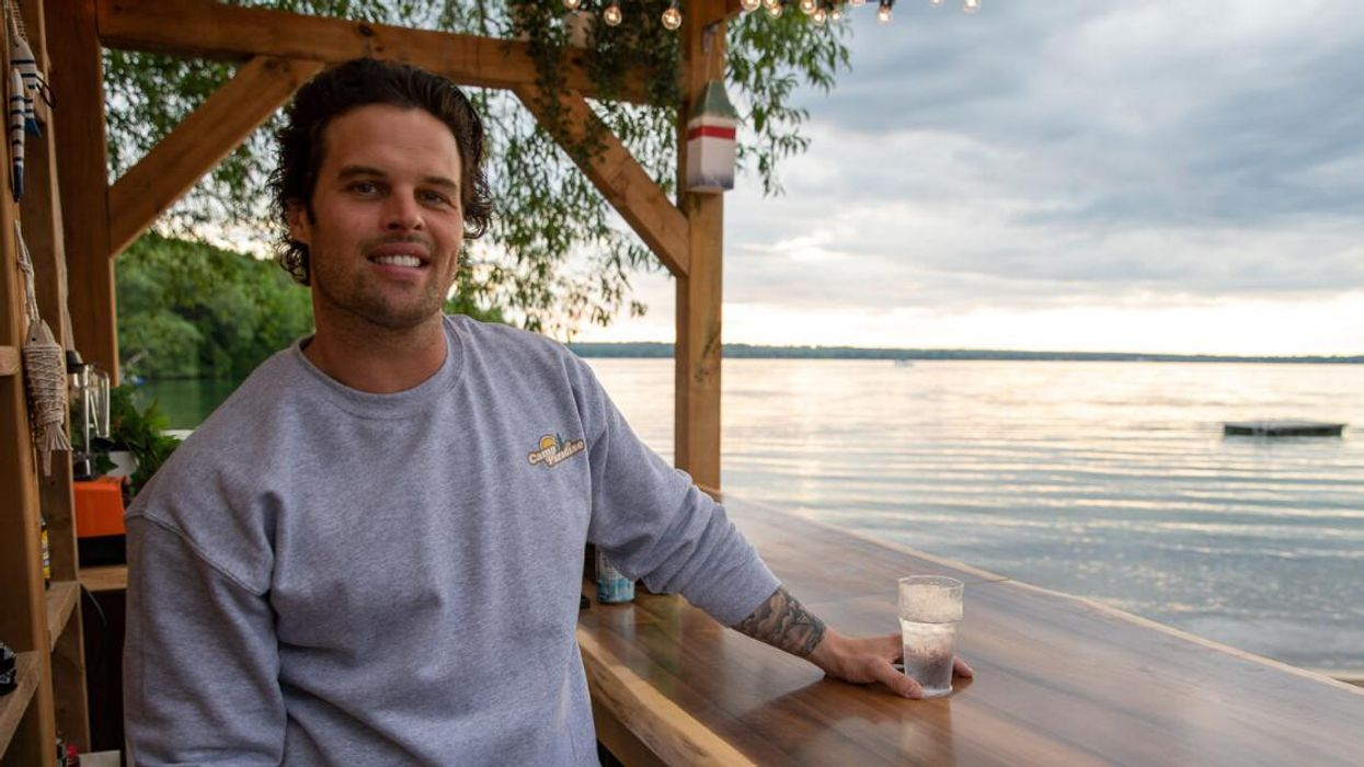 'Bachelor In Paradise Canada' Bartender Wendt Shares How To Make The Most Popular Drink