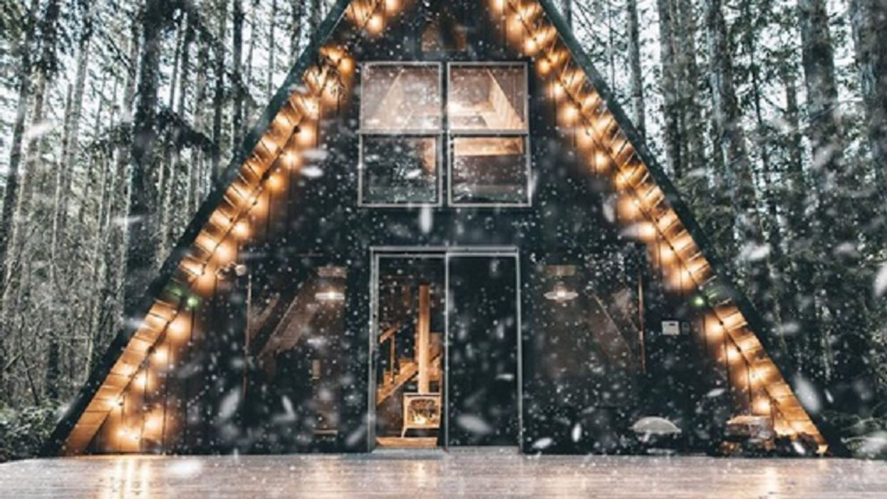 7 Romantic Airbnbs In Alberta To Rent For Cheap Instead Of Going On A Date