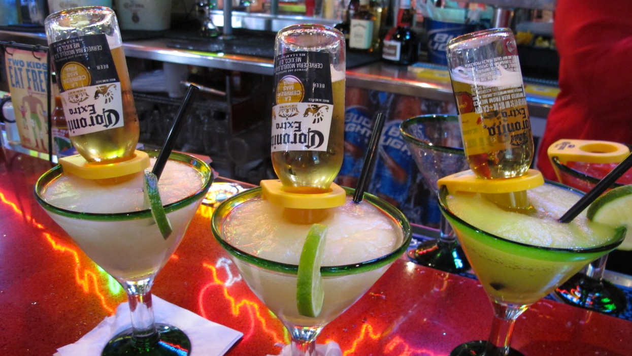 13 Places In Calgary To Get The Most Incredible Mexican Bulldogs