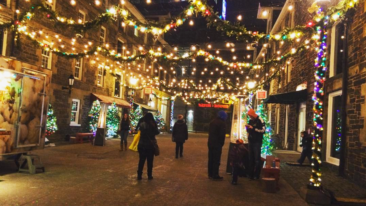 29 Stores In Halifax With The Craziest Black Friday Deals For 2016