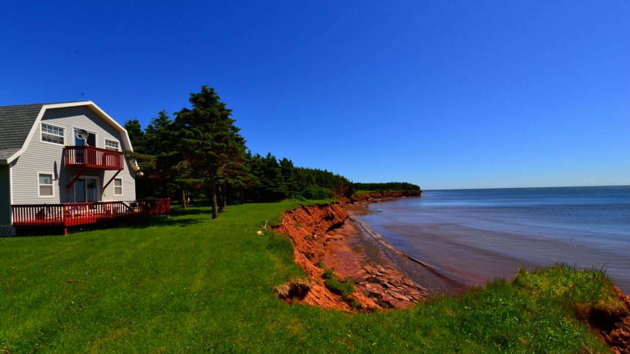 11 Waterfront Cottages You Can Rent For Super Cheap On P.E.I.