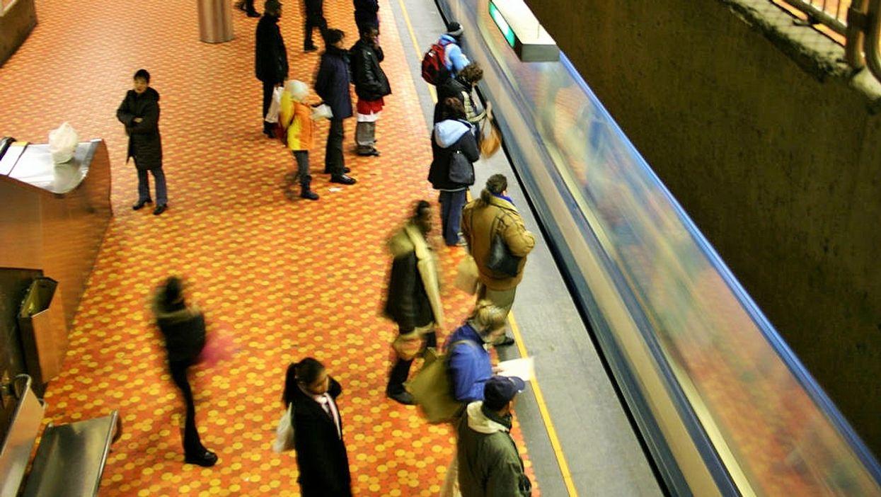 10 personnes à côté desquelles tu ne veux surtout pas t'asseoir dans le métro