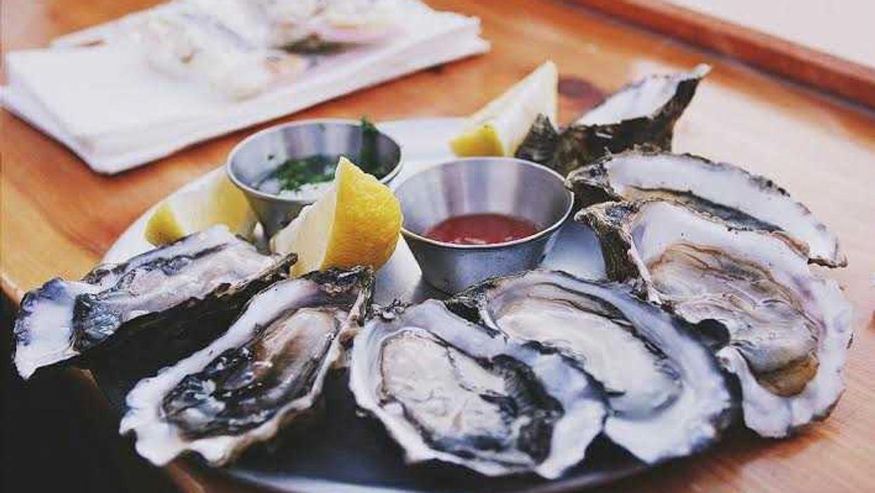 10 excellents endroits pour s'empiffrer d'huîtres à Montréal