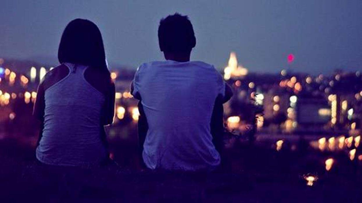 8 raisons pourquoi sortir avec quelqu'un de la ville est une bonne idée