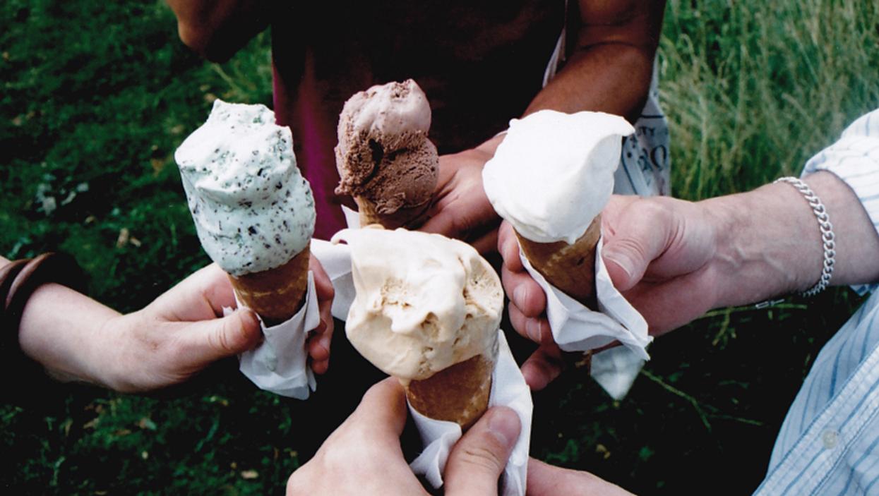 Soirée « crème glacée gratuite » à la Diperie sur des Pins ce vendredi !