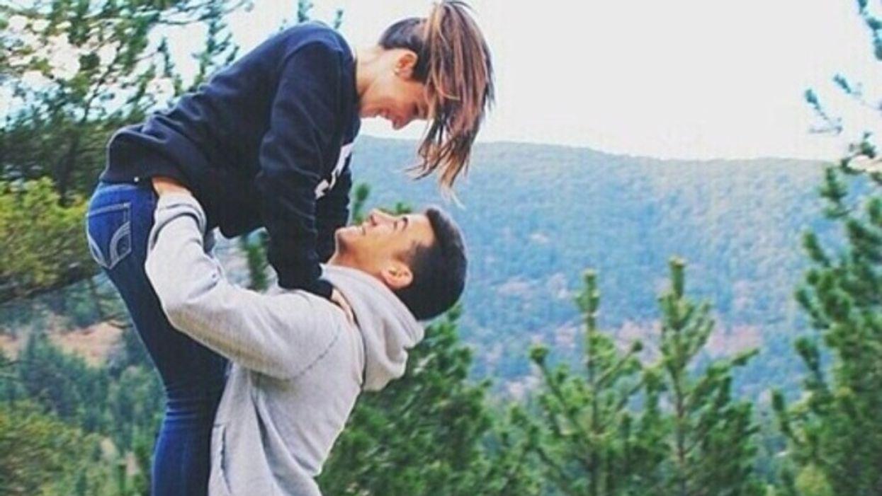 9 raisons pour lesquelles les couples formés au secondaire sont les plus forts