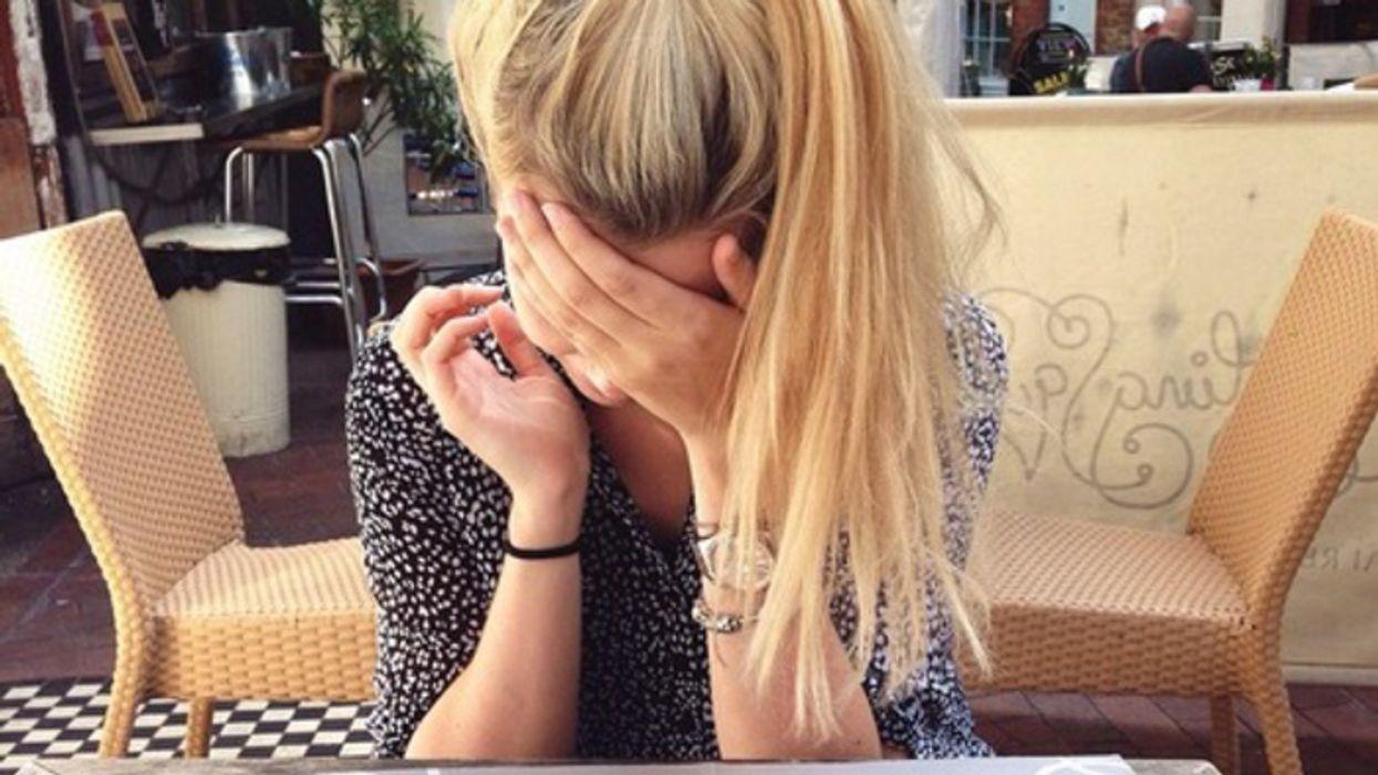 40 choses auxquelles les filles pensent pendant une première date Tinder à Montréal