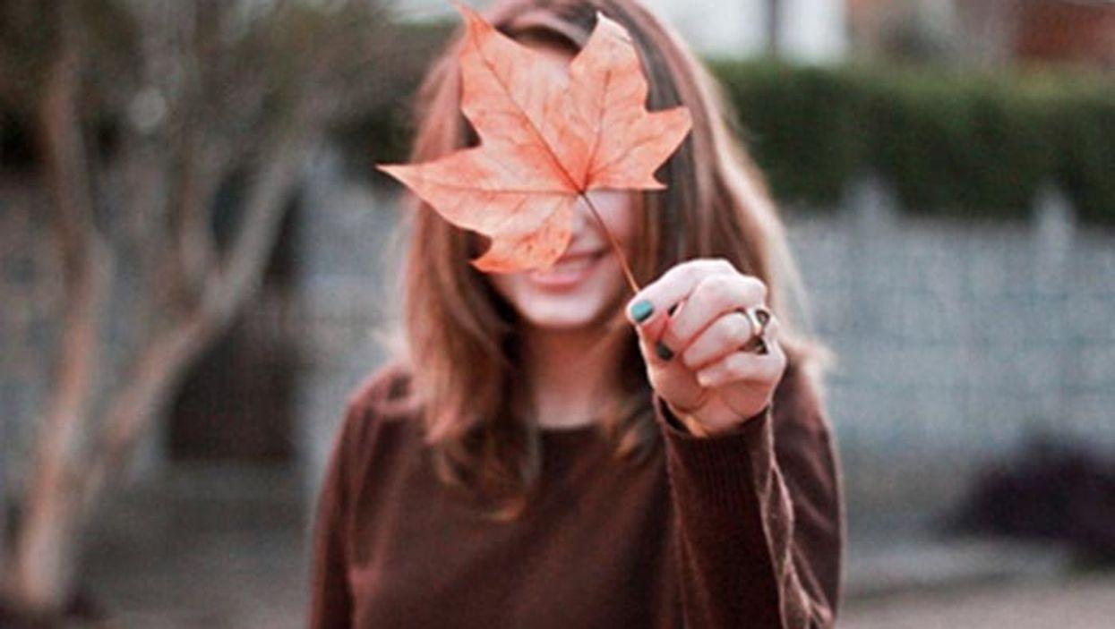 Les 20 avantages d'être célibataire à l'automne
