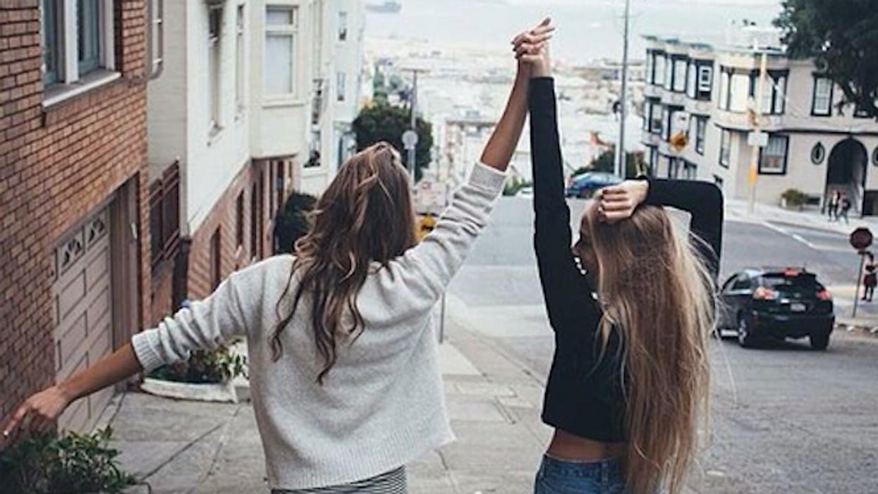 15 choses qu'on aimerait dire à cette amie qui habite loin