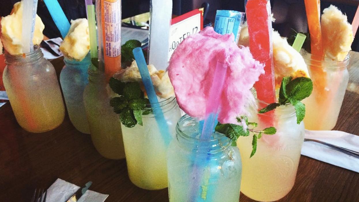 Les 7 meilleurs bars où tu peux boire pour vraiment pas cher à Montréal
