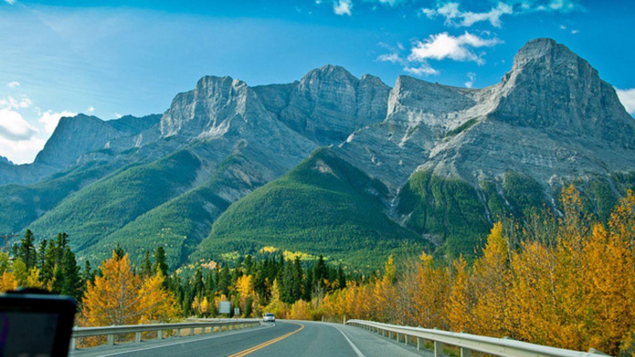 Voyager dans l'Ouest Canadien devient maintenant plus abordable!
