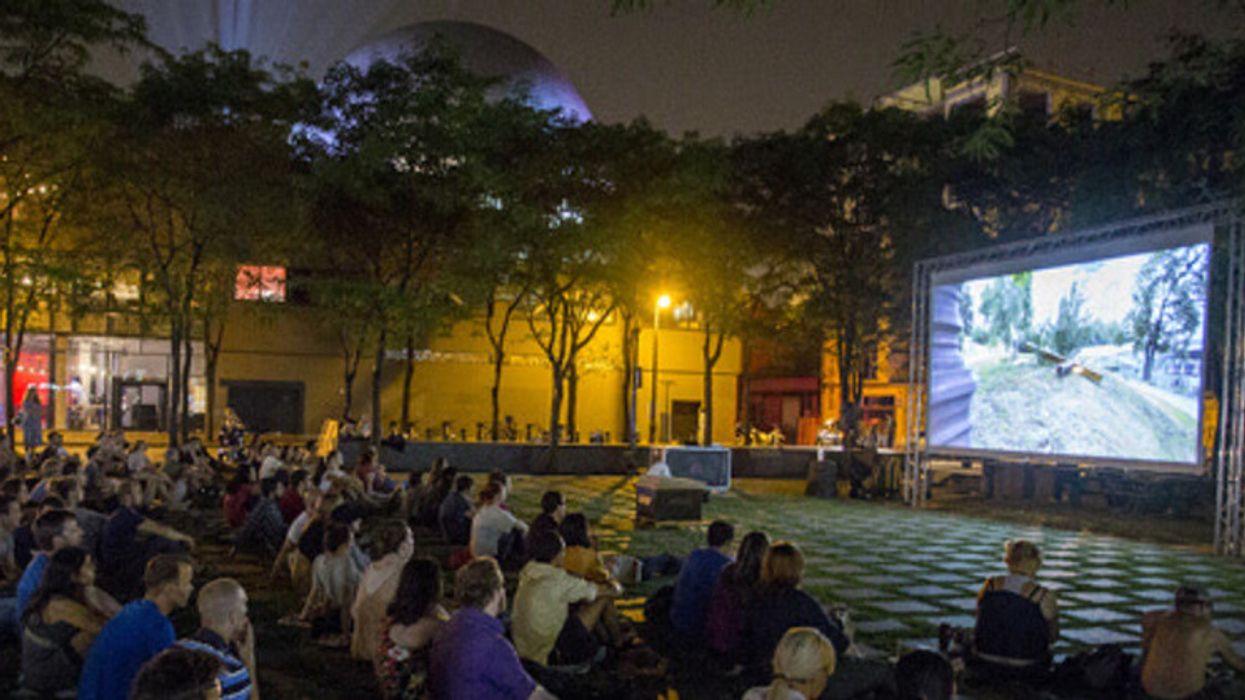 Des séances de cinéma GRATUITES à la belle étoile auront lieu pour le reste de l'été à Montréal!