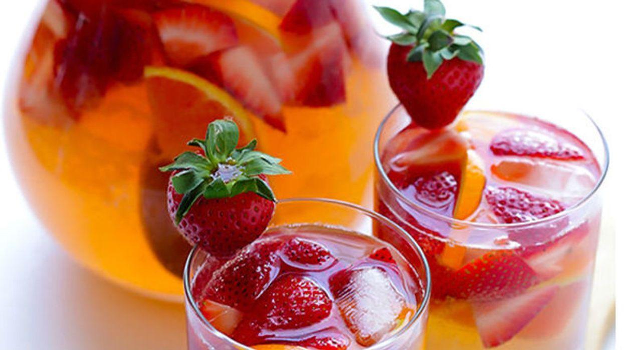 On a trouvé comment faire la meilleure sangria à la fraise du monde