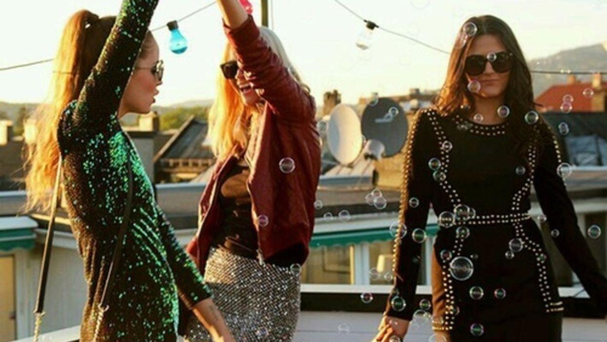 Voici l'ultime party GRATUIT sur un toit de Montréal pour bien finir ton été