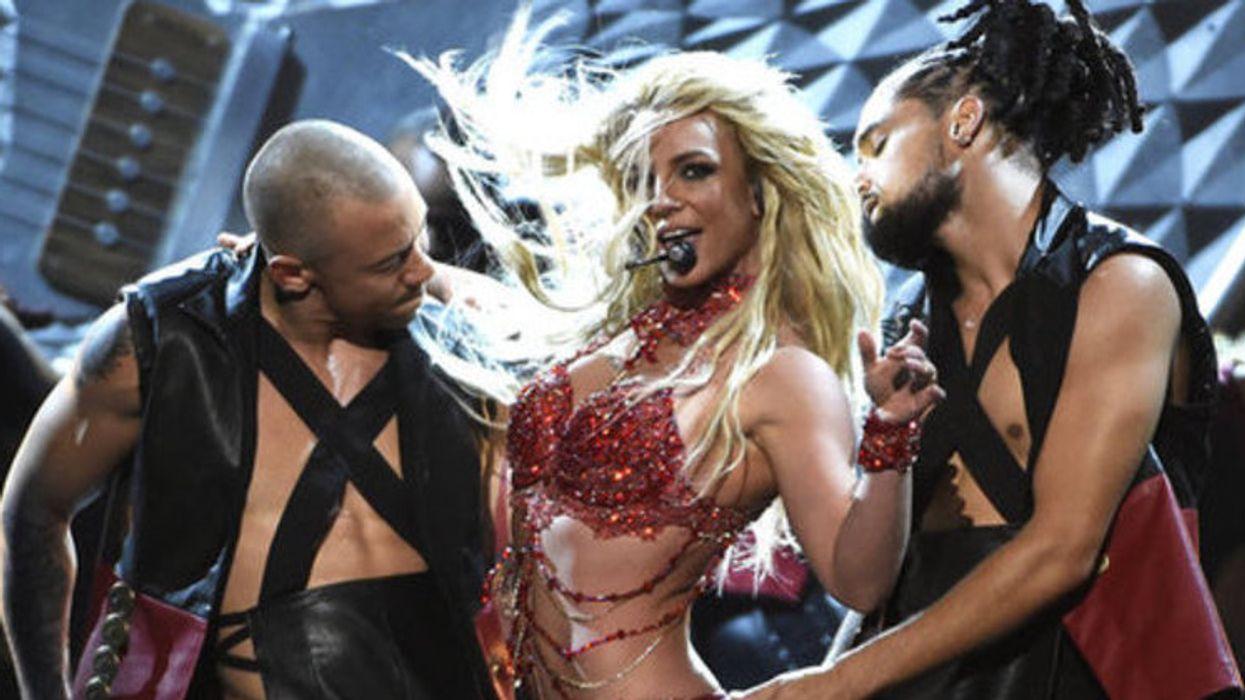 Le gros party hommage à Britney Spears auquel tu dois aller la semaine prochaine à Montréal