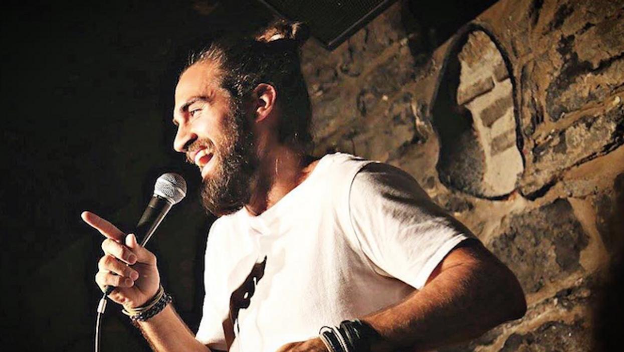 Les 8 meilleures soirées d'humour à aller à Montréal cet automne pour rire comme jamais
