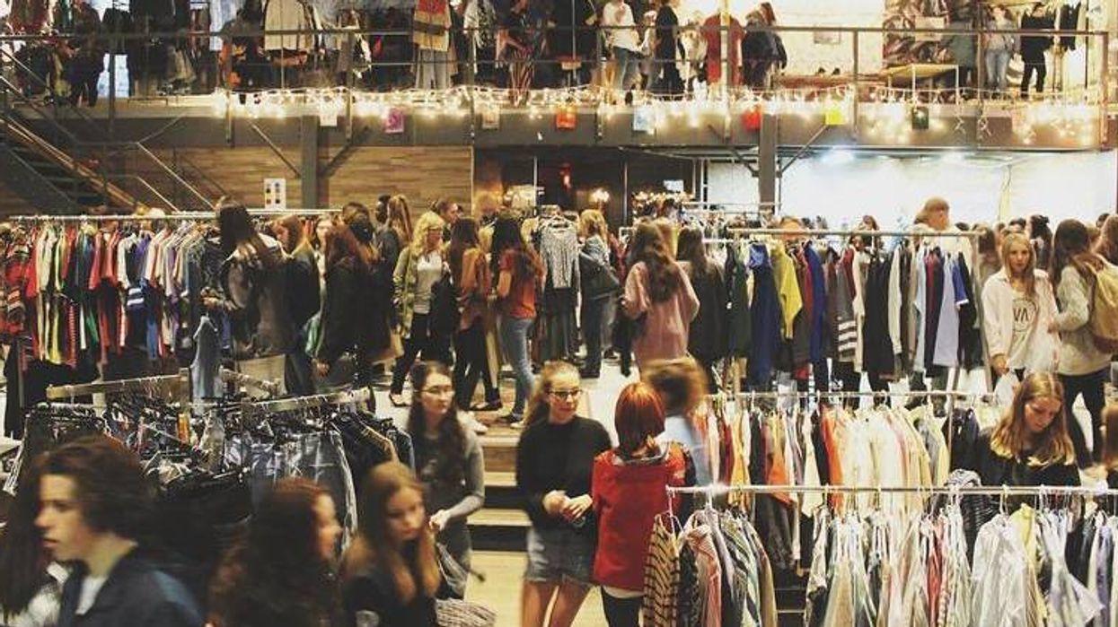 Une vente de vêtements à partir de 2$ aura lieu prochainement tout près de Montréal!