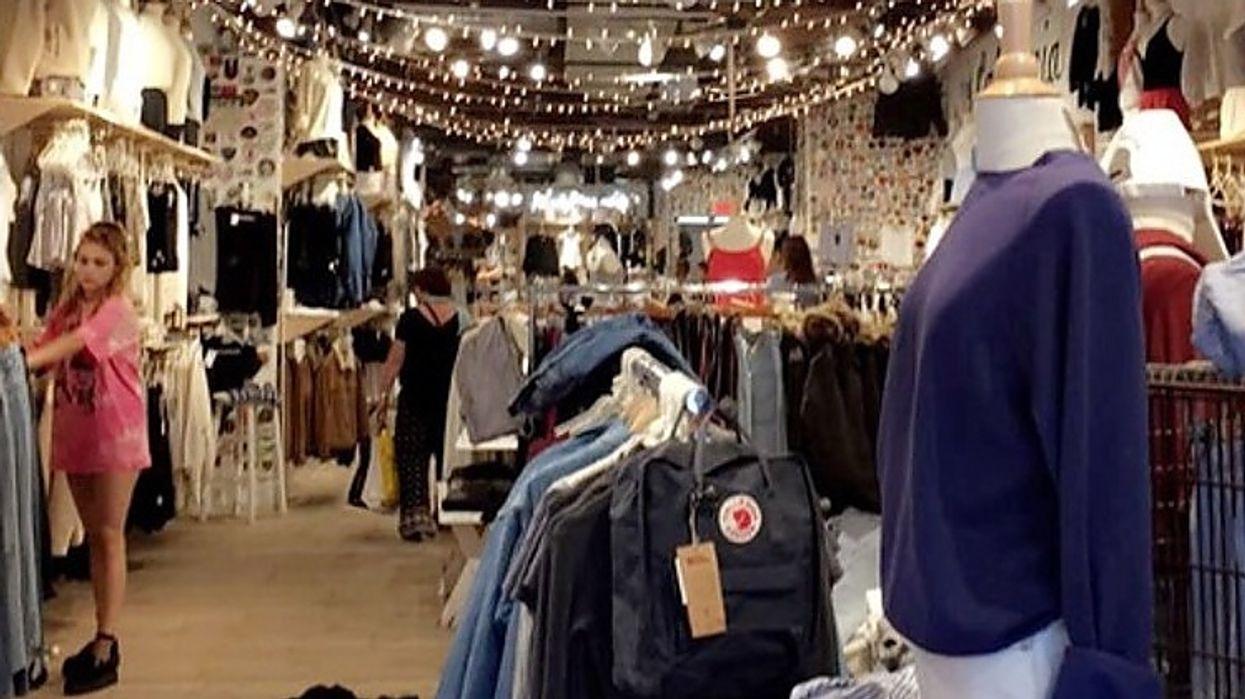Une immense vente vintage aura lieu à Montréal ce week-end!