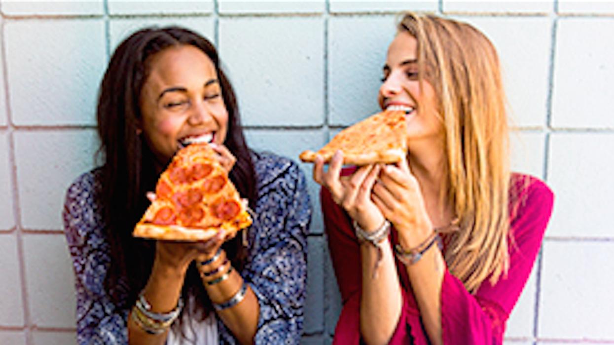 L'UQAM organise un tailgate party GÉANT : bières et pizzas à seulement 5$!