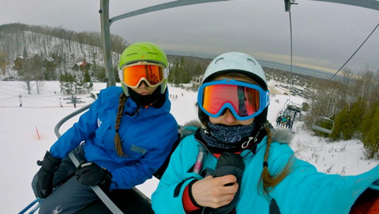 Les 6 meilleurs forfaits (pas chers) pour aller skier près de Montréal cet hiver