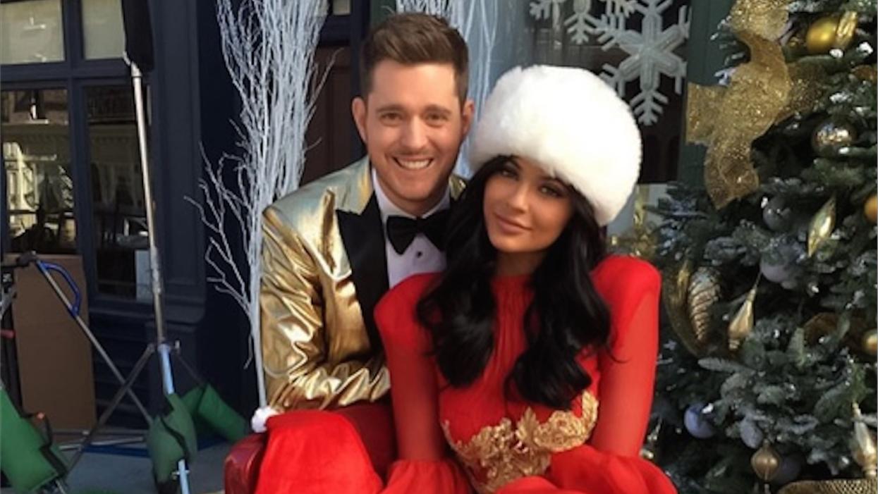 L'arbre de Noël GÉANT de Kylie Jenner ridiculise totalement l'immense sapin de Montréal