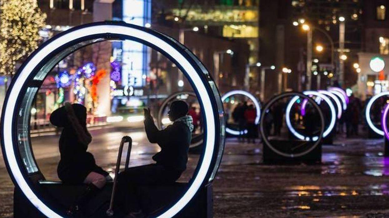 Le centre-ville de Montréal s'est transformé en un véritable royaume enchanté et tu dois absolument voir ça!