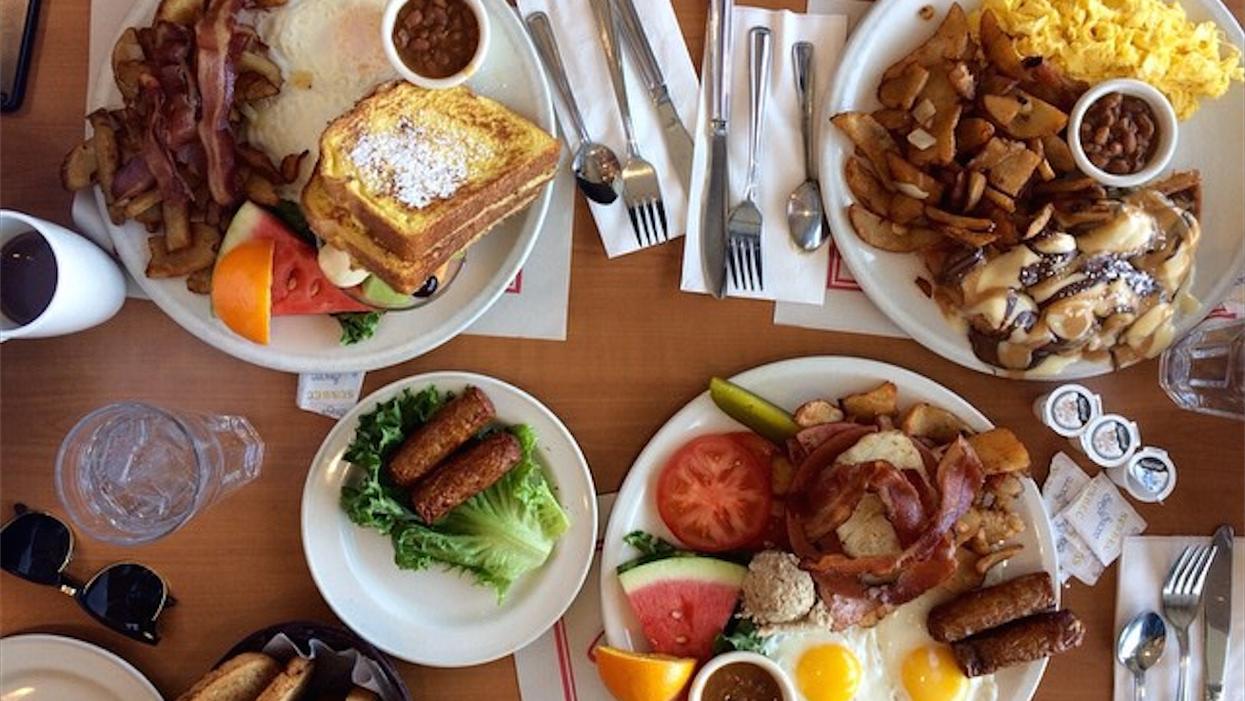 10 restos où tu vas manger le meilleur déjeuner de ta vie à Laval et ses environs
