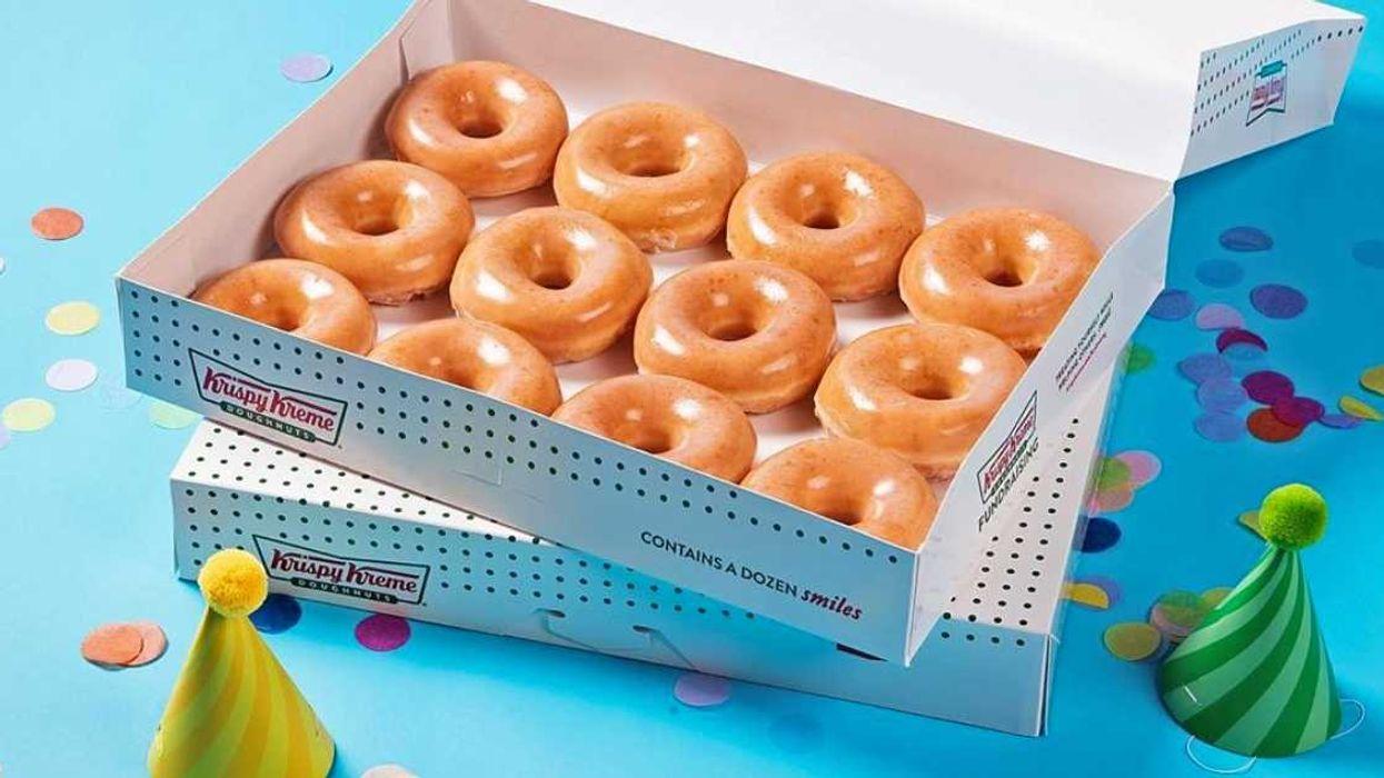 Tu peux recevoir une douzaine de beignes pour seulement 1$ au Krispy Kreme cette semaine au Québec