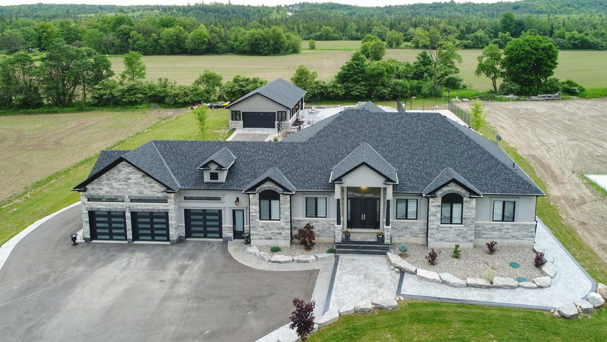 This Crazy Ontario Mansion Has An Indoor Hockey Rink And It's The Most Canadian Thing Ever