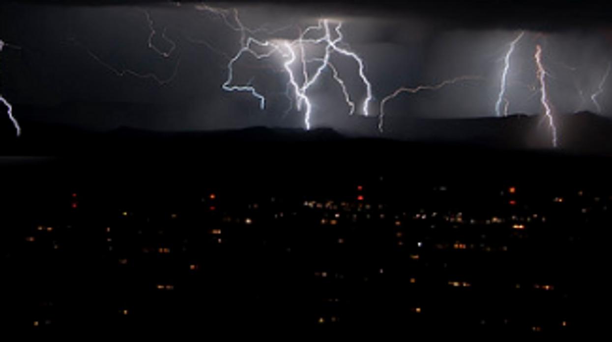 Crazy Storm Hit Alberta Last Night With Over 12,000 Strikes Of Lightning (PHOTOS)