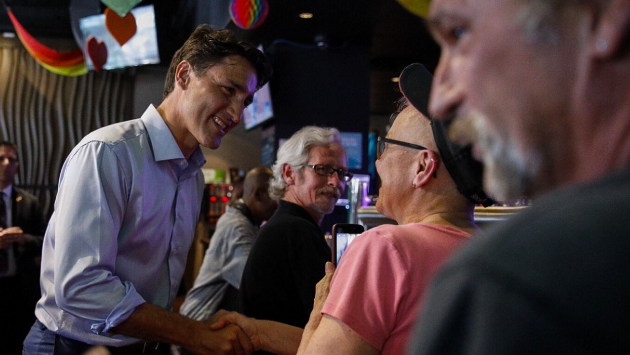 Trudeau Visited A Vancouver Bar During The Teen Manhunt & Twitter Is Destroying Him (PHOTOS)