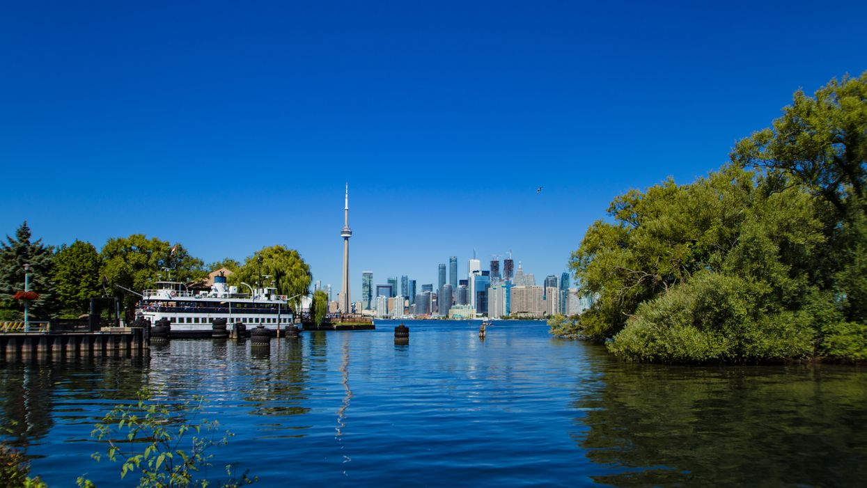 Water Levels Are Higher Than Ever In Canada's Great Lakes & It's Causing Lots Of Problems