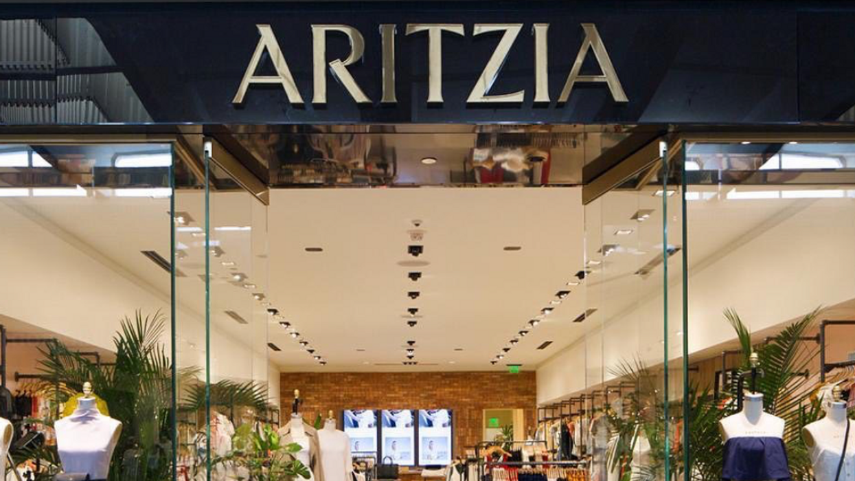 Aritzia fait une méga vente avec des rabais allant de 50% à 70% sur la collection d'été