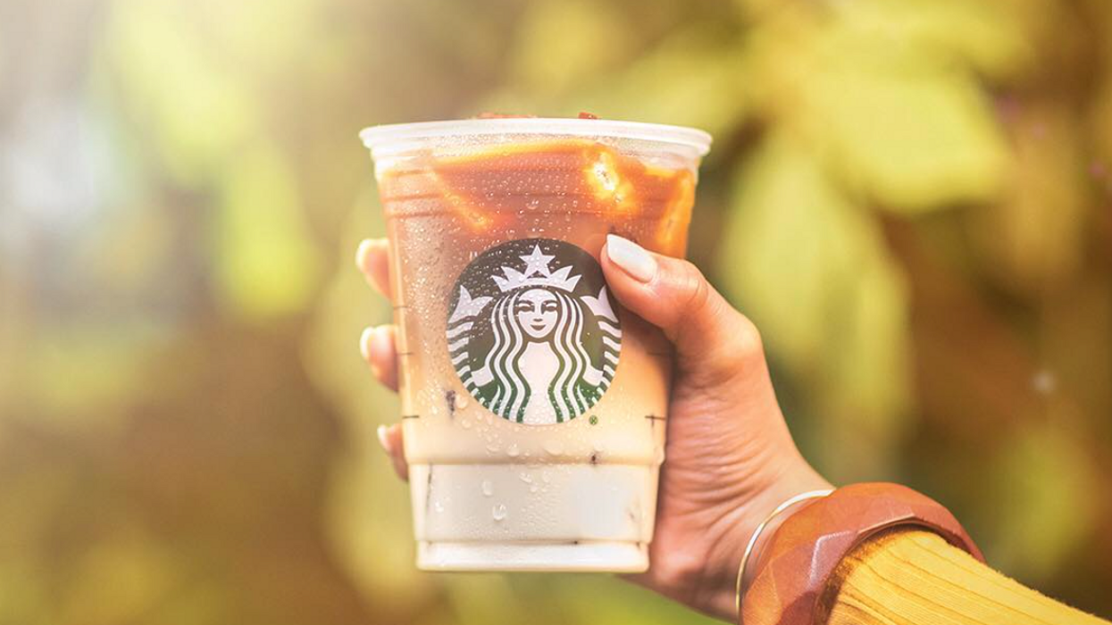 You Can Get 2-For-1 Iced Coffees From Starbucks Canada But It's Only For Today