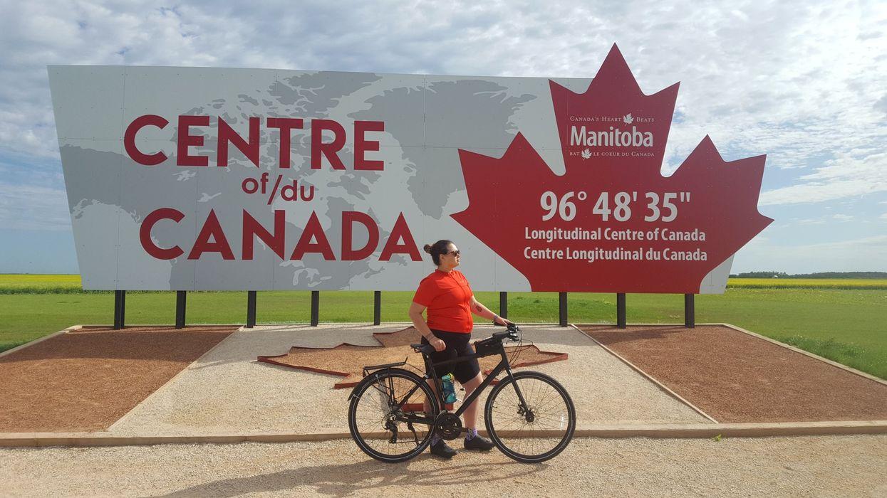 Cette québécoise inuite a traversé le Canada à vélo pour lutter contre le suicide chez les Autochtones