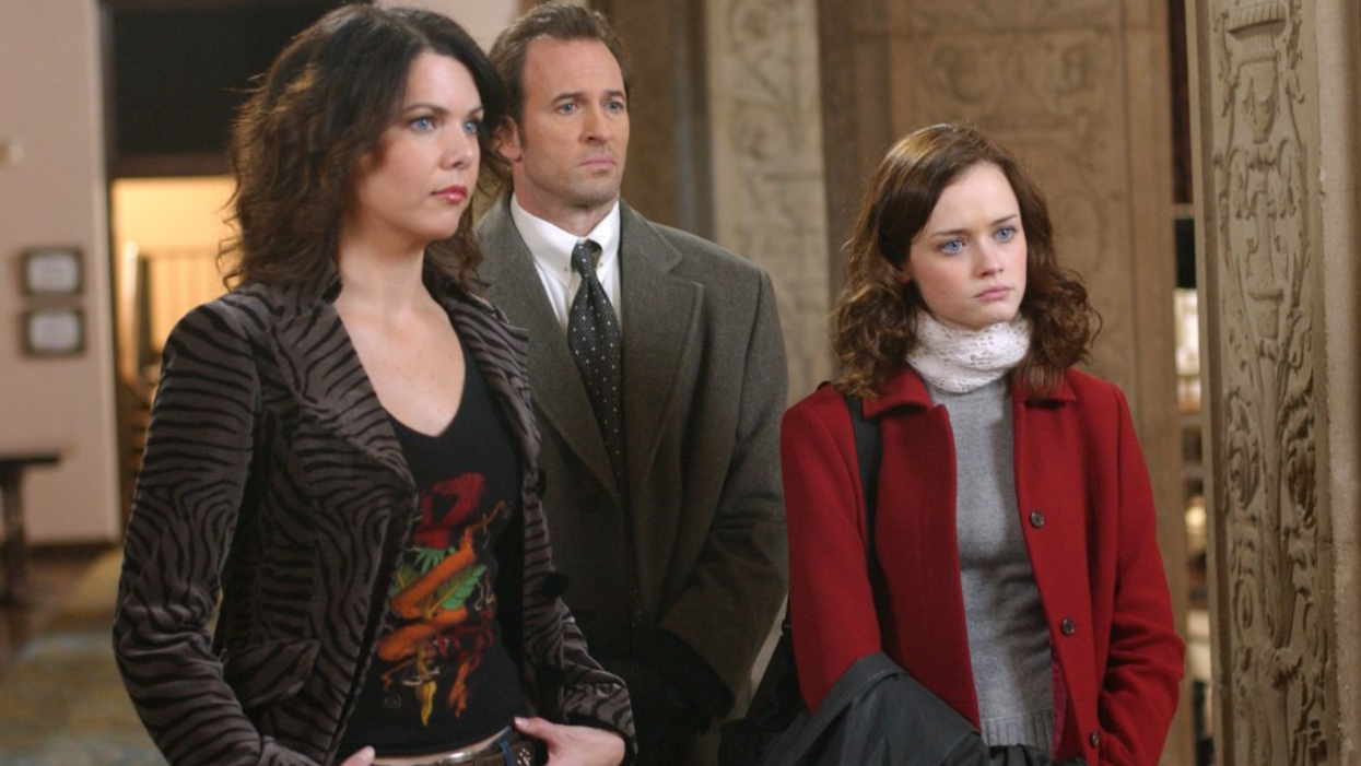 """People Are Saying That This New Series On Netflix Canada Is A Rip-Off Of """"Gilmore Girls"""""""