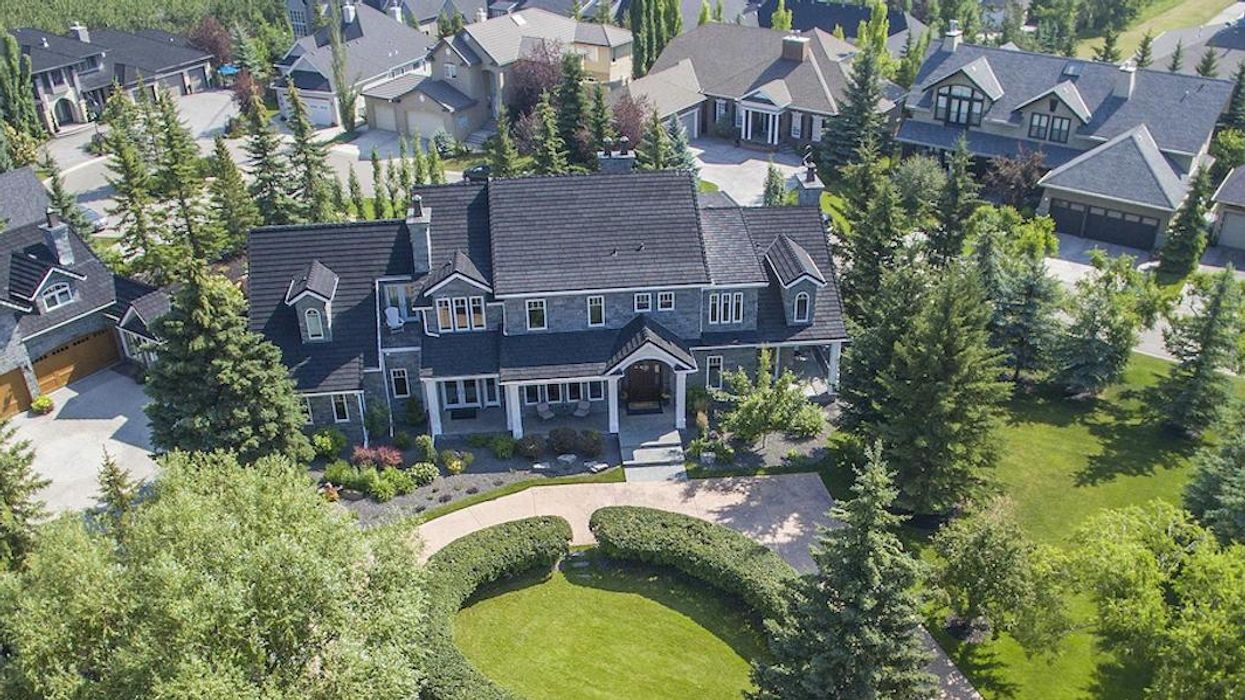 5 Calgary Mansions That Are So Gigantic Your Jaw Will Drop