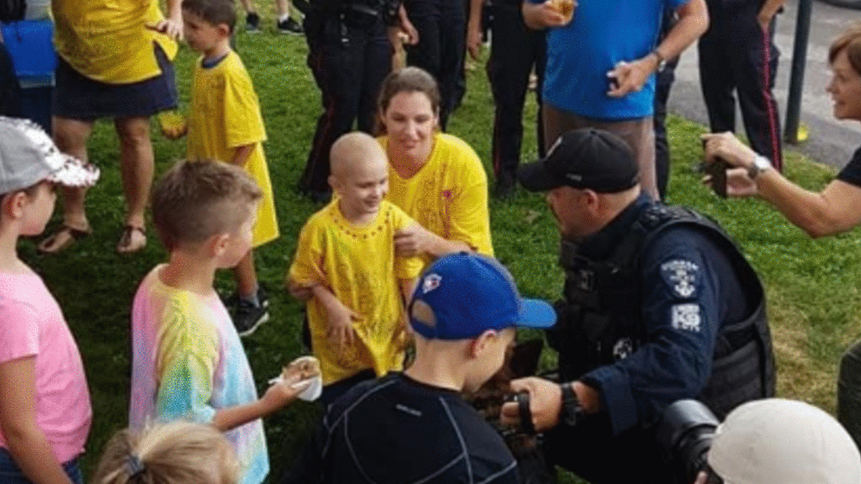 An Ontario Boy With Cancer Opened A Lemonade Stand & His Whole Town Showed Up