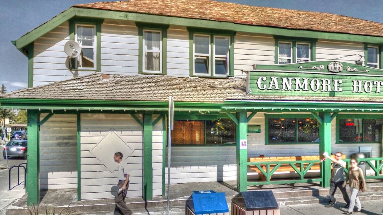 Alberta's Most Iconic Dive Bar Is Reopening In Canmore Tomorrow