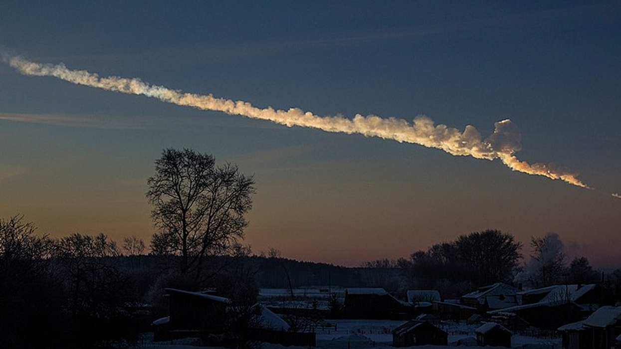 Canadians Just Spotted A Massive Fireball That Was Falling From The Sky (VIDEO)