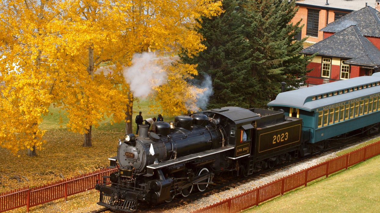 6 Train Trips In Alberta That Will Give You Magical Fall Views And Vibes