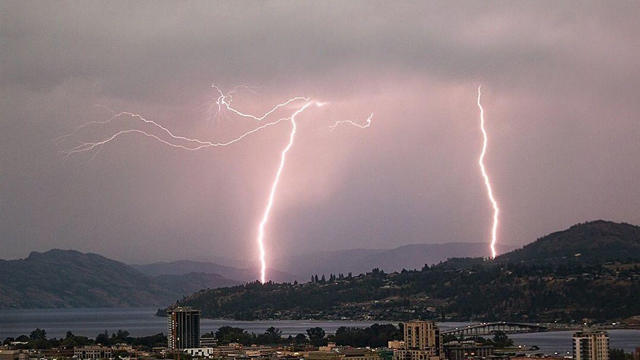 Over 10,000 Lightning Strikes Hit Parts Of BC Last Night (PHOTOS)