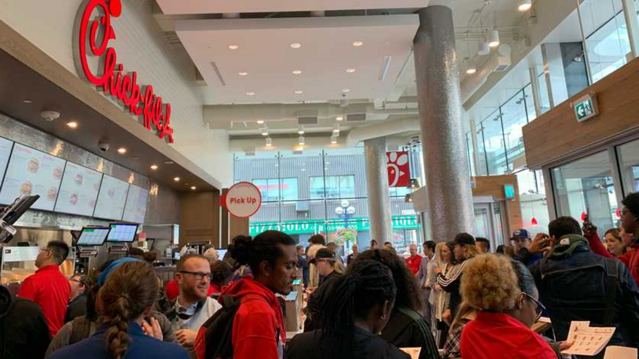 Your First Look Inside Canada's First Chick-Fil-A, Now Open In Toronto (PHOTOS)