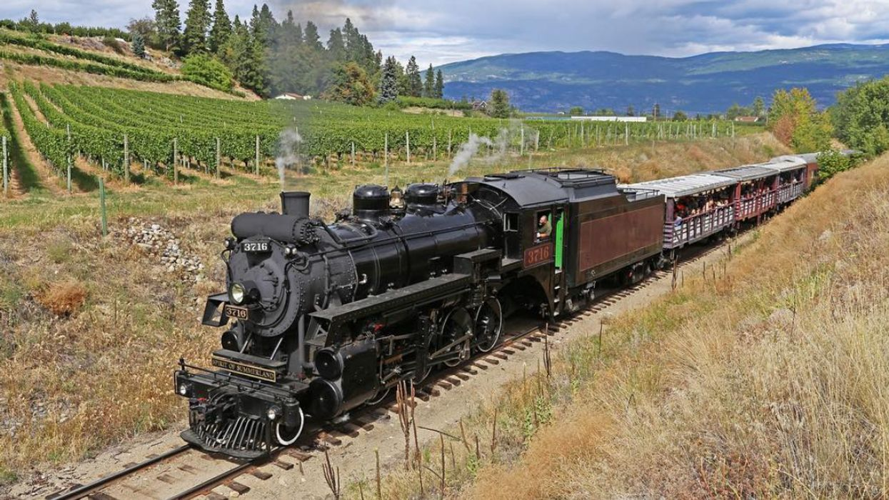 You Can Ride This Adorable Scenic Train In BC This Fall