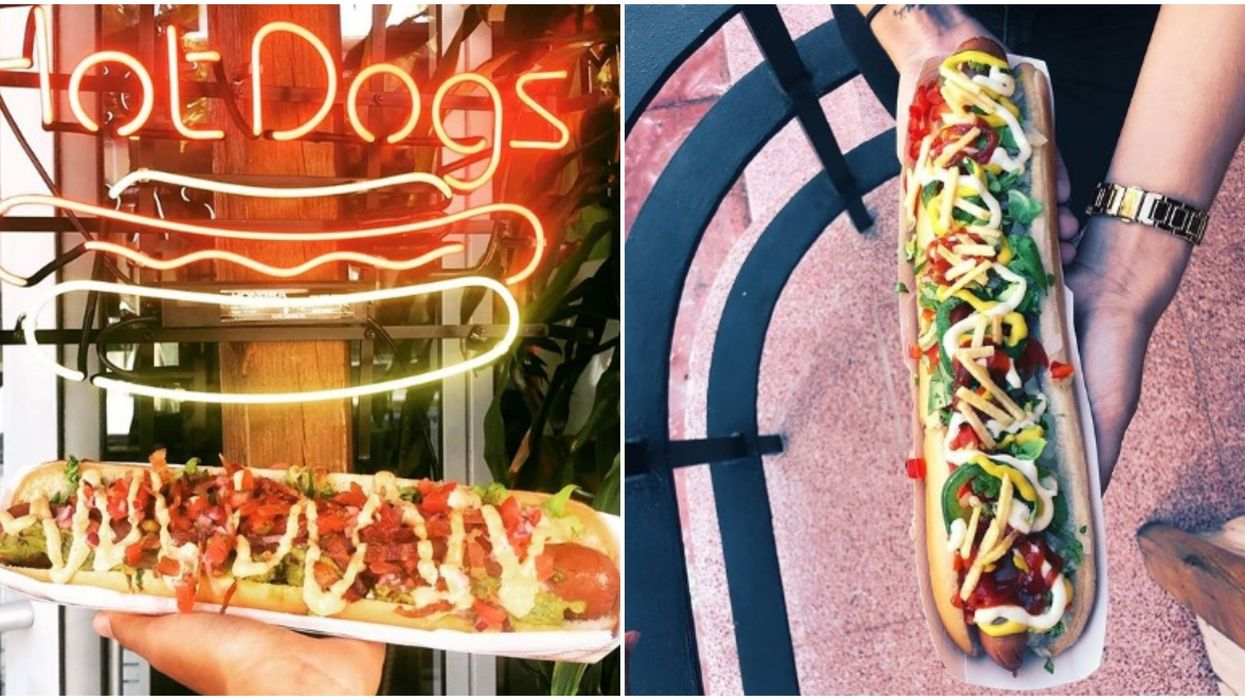 The One Night Stand Miami vende hot dogs enormes con casi 30 toppings a elegir.