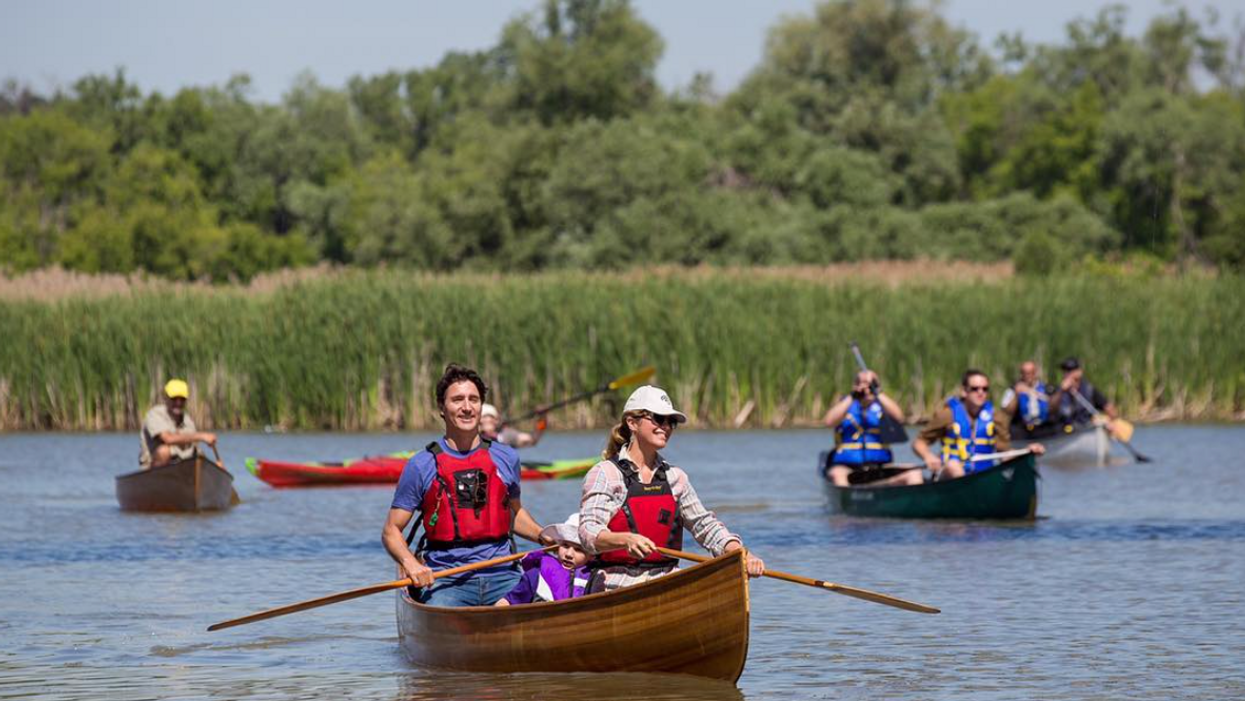 A Dragon's Den Star Just Made Fun Of Trudeau For Canoeing Wrong But It Backfired