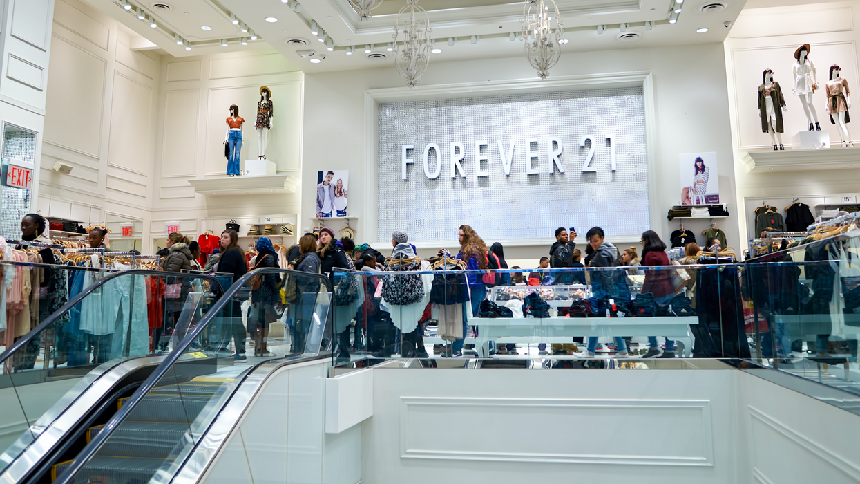 Forever 21 Canada's Liquidation Sale Is About To Start & They're Prepping For A Rampage