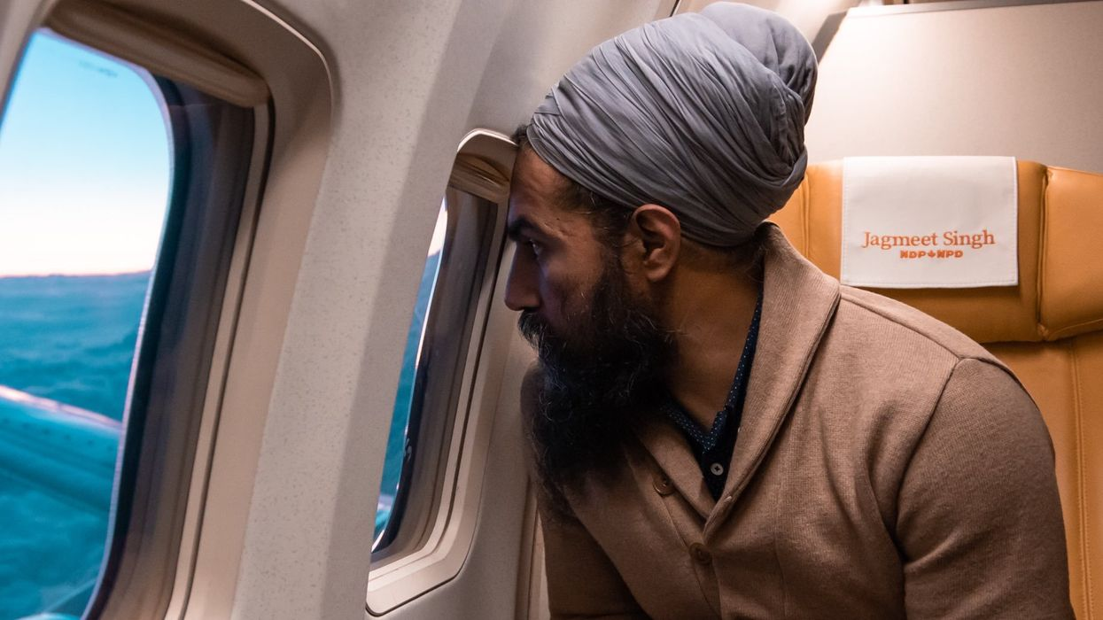 """Jagmeet Singh's Twitter Photo With His """"Ears Out"""" Gets Compliments From Canadians"""