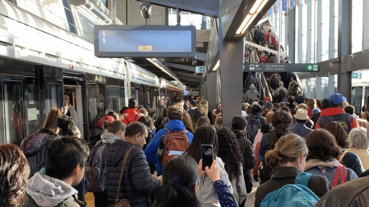Ottawa Now Has A Distress Hotline & Support Group For Anxious LRT Commuters