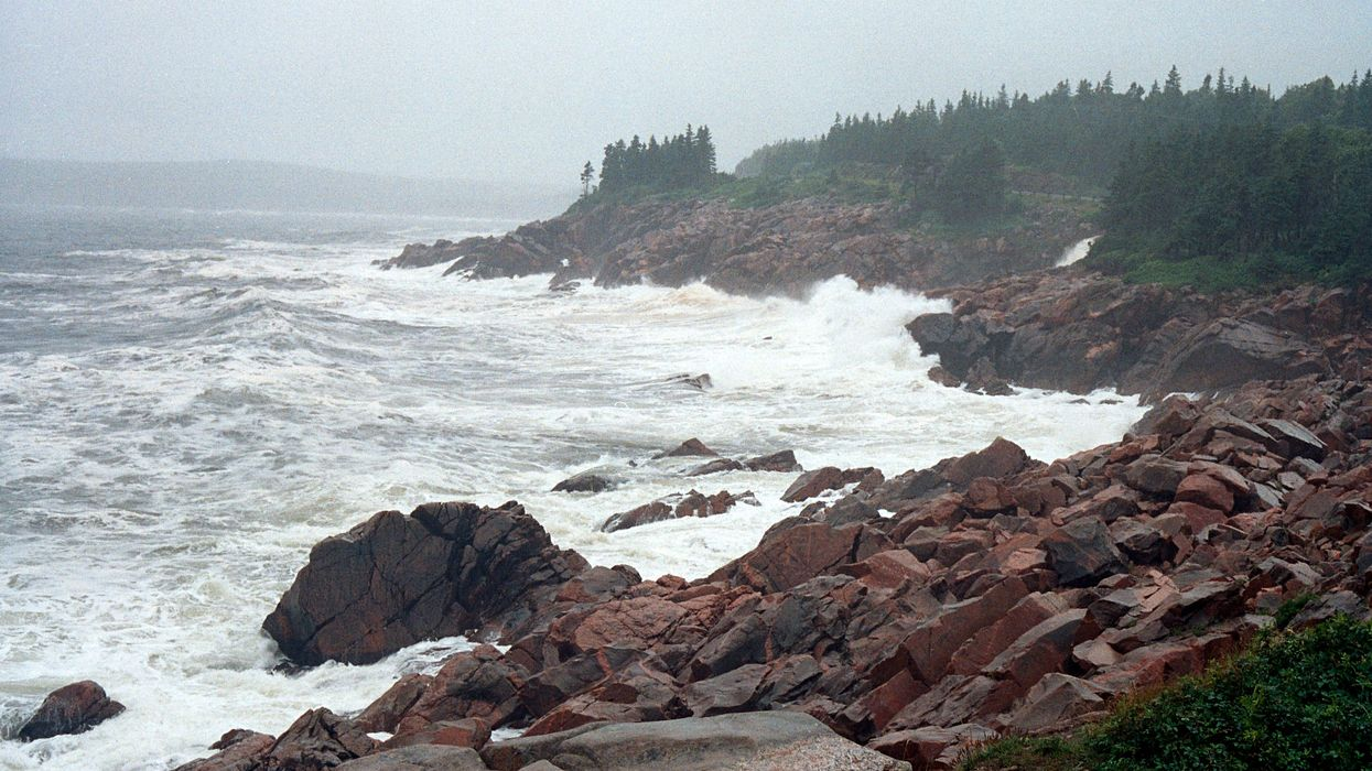 Terrifying 90 Km/Hour Winds & Massive Waves Are Coming For The Maritimes Today